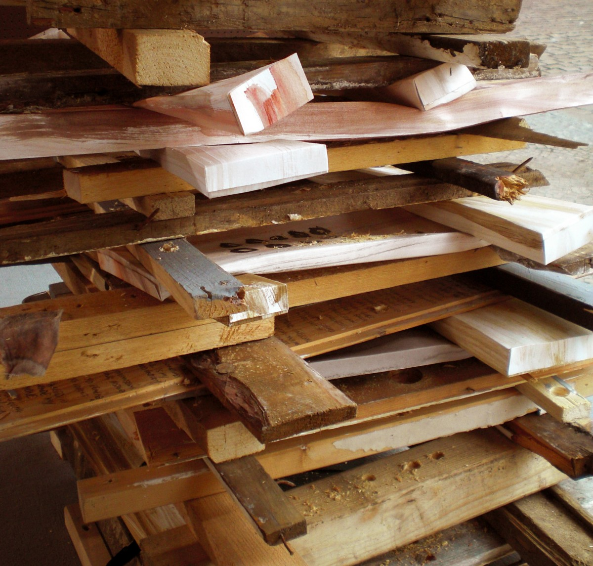 """Wood vs Wood  (final sculpture)"" from <i>Wood vs Wood / Holz vs Holz</i>, 2008 –  										 – Final sculpture, detail"