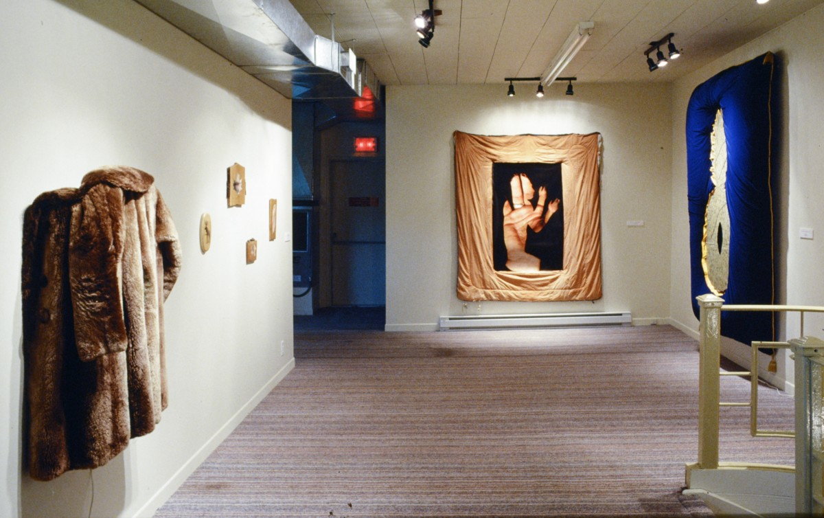 "<i>SJPJ Sculptures</i>, 1994 – Dual Purpose Jet-Flo installation view, 1995 <span class=""photo-credit""> – Y <a href=""http://paullitherland.com/artsite_wp/wp-content/uploads/2014/06/PaulLitherland_SJPJ_DualPurpose_1995-02-1200x754.jpg"" target=""_blank""><img src=""http://paullitherland.com/artsite_wp/wp-content/themes/artpress-child/img/artworkDownloadImg.png"" title=""télécharger image / download image"" /></a>"