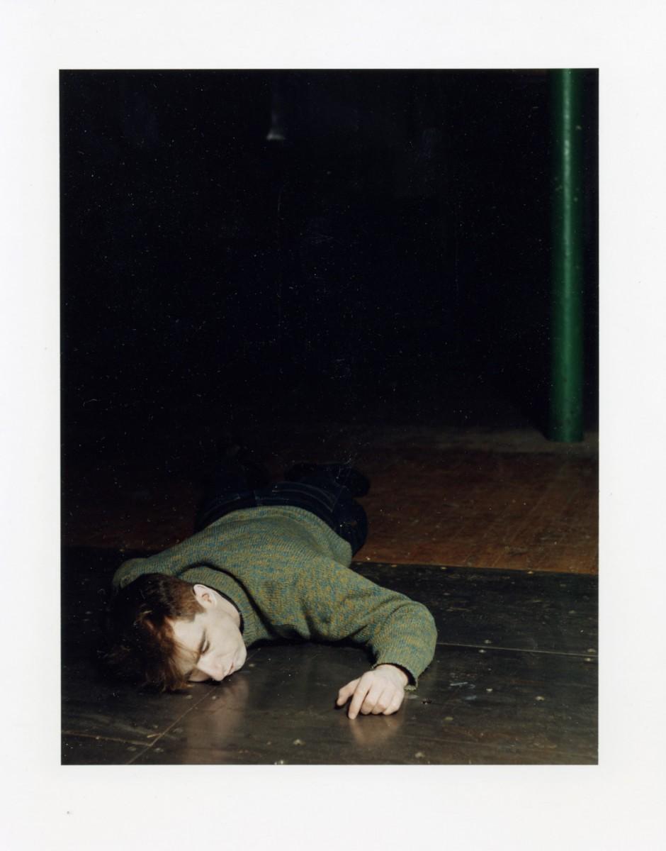 <i>Dead (2)</i> – Dead (2), 1993 <a href='https://paullitherland.com/artsite_wp/wp-content/uploads/PaulLitherland_1993_016_Souvenirs_dead02-940x1200.jpg' target='_blank'><img src='https://paullitherland.com/artsite_wp/wp-content/themes/artpress-child/img/artworkDownloadImg.png' title='télécharger image / download image' /></a>